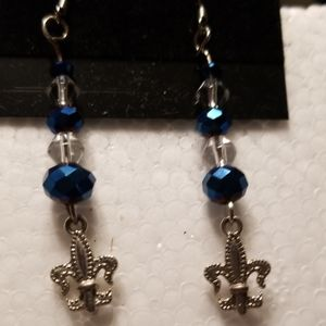 Gorgeous Fleur De Lis (or Rock Revival) Earrings